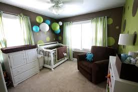 babyzimmer grün babyzimmer in braun grün farbkombination papierlaternen
