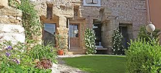 chambres d hôtes à villa velleron en provence chambres d hôtes de charme bed and