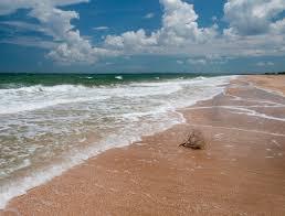 и волны о берег и пена кипела мне море о чём то несбыточном пело