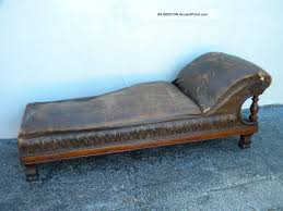 Fainting Bench Chaise Lounge Sofa Antique Fainting Couch Surripui Net