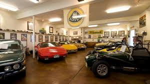 car garages car condos large garage real estate car property homes with large