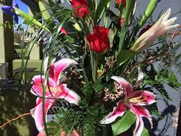 Vase With Irises 2 3 Ft Tall Stargazer Lily Bouquet With Iris Very Fragrant