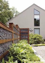 Backyard Fence Styles by Best 25 Diy Fence Ideas On Pinterest Small Fire Pit Diy