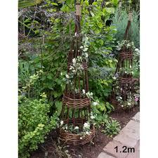 garden structures arbours pergolas arches obelisks