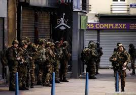 bureau de recrutement militaire ruée des jeunes français vers les armées