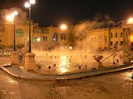 bagno termale e piscina széchenyi bains széchenyi grandioses thermes de budapest városliget