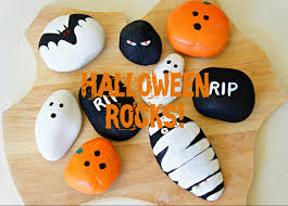 Halloween Crafts For Children by Painting Halloween Rocks Fun Activity For Preschoolers And Kids