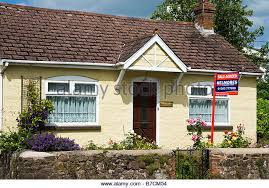 small bungalow small bungalow stock photos small bungalow stock images alamy