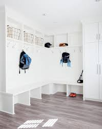 Built In Bench Mudroom Best 25 Built In Lockers Ideas On Pinterest Mudroom Cubbies