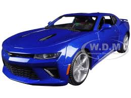 79 camaro model car chevrolet camaro ss blue 1 18 diecast model car maisto 31689