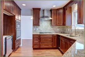 Kitchen Cabinet Light Rail Kitchen Cabinet Light Rail Moulding Light Rail On Cabinets Kitchen