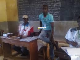 tenue d un bureau de vote communales à kindia le rpg et l ufdg font match nul actualité de