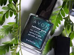 avon fall trends nailwear pro noir emerald nail polish green