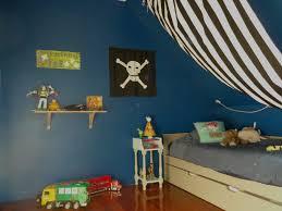 chambre pirate gar n chambre garcon 4 ans conceptions de la maison bizoko com