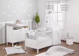 kinderzimmer in grau babyzimmer grau streifen lecker auf babyzimmer mit graustreifen 4