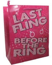 bachelorette party gift bags last fling before the ring gift bag bachelorette party ideas