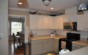 wainscot backsplash awesome wainscot backsplash part 8 impressive