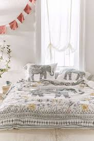 Home Decor Like Urban Outfitters Best 25 Moroccan Bedding Ideas On Pinterest Bedspreads Magical