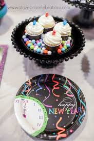 New Year S Eve Cupcake Decorations Ideas by 30 Best New Year U0027s Eve Images On Pinterest New Years Eve Party
