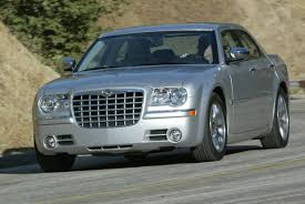 chrysler 300 oil light keeps coming on 2005 chrysler 300c review top speed