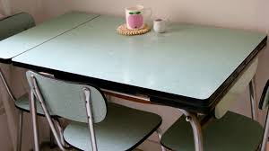 table formica jaune vert formica merci ginette