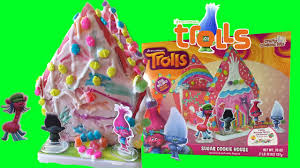 dreamworks trolls movie sugar cookie house gingerbread house kids