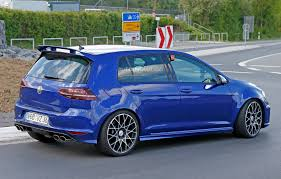 that u0027s so 2016 volkswagen 2016 volkswagen golf r400 first spy photos show hyper hatch with
