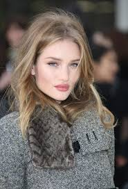 rosie huntington side parted lob 7 genius beauty tips we learned from rosie huntington whiteley