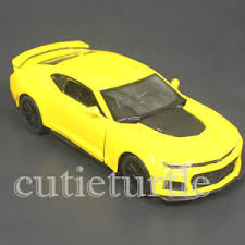yellow camaro zl1 kinsmart 2017 chevy camaro zl1 1 38 diecast car kt5399d yellow