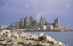 a cement factory located on the coast near arguineguin gran