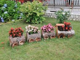 Planter Garden Ideas Find Useful The Following 15 Diy Garden Decoration With Fallen
