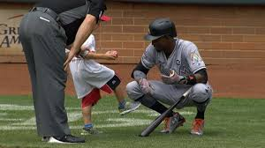 Dee Gordon Meme - this young reds fan got a chance to meet dee gordon and kicked