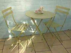 Ornate Metal Folding Bistro Chair For A Fabulous Country Look Try This Neat Painted Metal Set