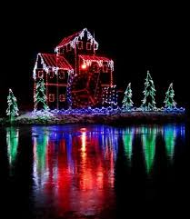 christmas light displays in michigan 30 great places to see holiday lights midwest living