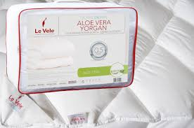 aloe vera quilt by le vele twin size hotel quality down