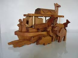 roil s wooden craft home