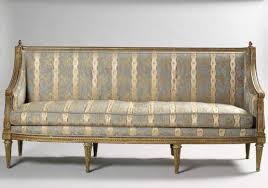 canape louis xvi canapé en bois sculpté et doré epoque louis xvi eloge de l