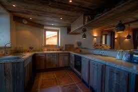 cuisine chalet bois chambre cuisine chalet bois cuisine en bois chalet maison moderne