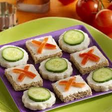 canape a entrée de noël les canapés food food and foods