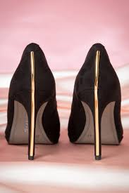 Pumps 50s Classy Suedine Black Pumps With Gold Lining