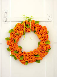 How To Make A Spring Wreath by How To Make A Spring Rose Wreath Hobbycraft Blog