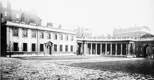 file burlington house courtyard edited jpg wikimedia commons