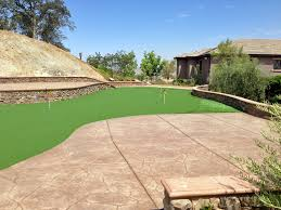 Building A Backyard Putting Green Grass Installation Summerhaven Arizona Putting Green Flags Small