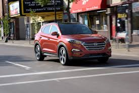 nissan tucson 2017 hyundai tucson mixes more tech with better interior quality