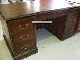 Solid Wood Office Desks Antique Wood Desk Furniture Wooden Nickel Antiques Voicesofimani