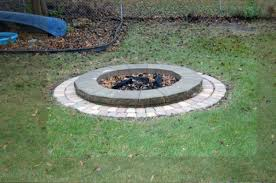 Simple Backyard Fire Pit by Simple Fire Pit Versa U003dlok Fire Ring Cobble Series Pavers Arount