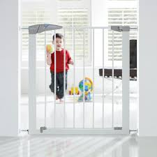 Pressure Fit Stair Gate 90cm by Lindam Sure Shut Axis Pressure Fit Safety Gate 76 82 Cm White
