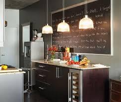 tableau noir pour cuisine photos 10 idées pour décorer avec de la peinture à tableau noir