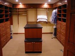 Walk In Closet Designs For A Master Bedroom Contemporary Bedroom Designs With Walk In Closet Design Modern In