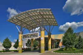 great lakes crossing detroit shopping review 10best experts and